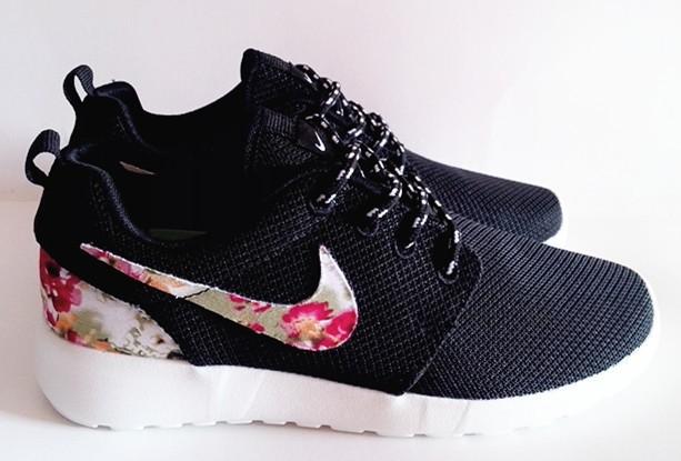 nike roshe run noir a fleur,achat vente chaussures baskets