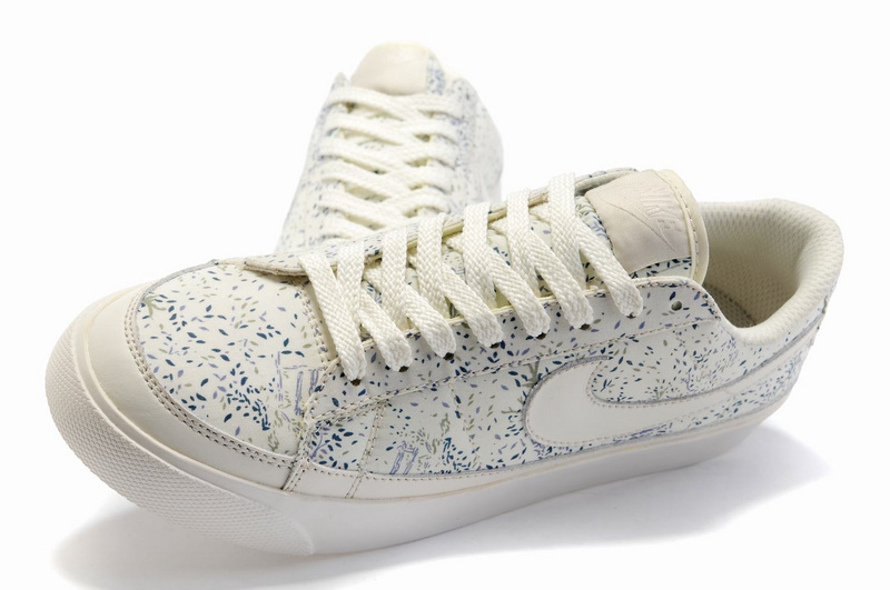 new product ed342 3e693 achat Cuir Femme Low Baskets Blazer Vente Chaussures Nike Af